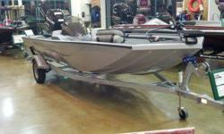 Great little boat for an outing with the family and for fishing Southern waters. If you are familiar with Lowe boats, you know the quality they are known for. This package includes
