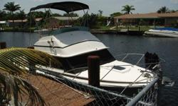 1974 Bertram 28 Flybridge. Motor Boat Fishing Cruising Exc.This is turn key. I painted the Hull and Bottom 1 1/2 years ago with the intention of painting upside but haven't gotten around to it. Still I would rate the paint at 8/10 Everything works.Engines
