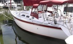 The Hunter 34 is the most popular boat Hunter has produced. It has immense interior space with fully equipped galley, fore and aft facing dinette, head with a shower, chart table and berthing for 7. She is sloop rigged with a Yanmar 3GMF 20 hp diesel