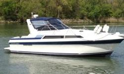1989 Carver Montego Mid Cabin with only 1092 hours. Twin mercruiser 7.4 L engines give plenty of power, with a cruising speed of 28 MPH while being economical to operate. Dual 100 gallon gas tanks assure a long range of operation, also there is 100