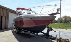 26' 1989 four winns cabin cruiser, this is one very nice family boat, it will comfortably sleep four.These are not cheaply made boats, very well made and heavy duty, lots of common sense engineering in this boat.Has a full galley with microwave,
