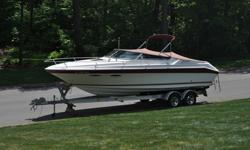 Excellent condition Sea Ray ready for this weekend.A great family vessel for any upstate lake. This 1989 Sea Ray 260 CC is a great mid sized boat with spacious cockpit, back to back seating and full transom seat. Cabin features a v-berth, storage,