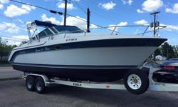 1990 Carver 2587 Allegra - Volvo 7.4L DuoProp, Radar arch,Radar,Depthfinder (Sonar) that can see down and ahead.30-Amp Shore Power, Cuddy with V-Berth. Galley: with electric or alchohol stove and small fridge. (Trailer Included) Alpine Stereo sounds