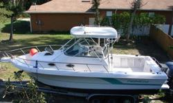 1992 PRO-LINE 2950 WALKAROUND, Fishing boat, has hardtop, Batteries dual switch, battery, new bilge pump, dual battery system, polarity ind, custom rod holders, 951X Northstar GPS. The boat comes with a Transducer Fish Finder for FCV 585 Model. Compass,