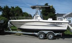 This 1996 Hydra Sport Vector is located in Pocasset Massachusetts.This center console boat is priced below market. The Hydra Sport 20? Vector?s Kevlar hull and steep dead rise allows for a very stable and dry ride for this salt water fishing vessel. The