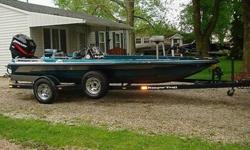 I have up for auction a 1996 Ranger 354 XT Bass Boat with the Ranger Trail S3400 Trailer w brakes. This boat has a 2002 Mercury EFI 150 hp. 2 cycle outboard motor with a Tempest Plus 23pitch SS prop and a power lift brand mechanical jack plate. Teleflex