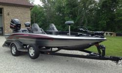 Dual console. 3 Bank battery charger with new batteries, new motorguide 75lb trolling moter, Blue water LED lighting, Smart craft gauge, Lowrance HDS 7 with structure scan, Lowrance Elite 5 in front, two butt seats and one full fishing chair, new seats,