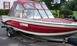 1999 Lowe Sea Nymph Dee V 179 GLS that is in EXCELLENT condition. This boat looks new including the inside of the motor. The boat has the following featrues: 1999 Johnson 90hp 2 cycle oil injected motor that runs perfect - starts right up and runs all day