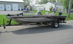 "very nice. 1999 tracker marine ""bass tracker"" special edition pro team 175.mercury 40 power plus series with tilt and trim.trail star trailer with 3 new tires.pro series 40 trolling motor 43 pounds thrust.newer batteries two of them.center counsel.5"