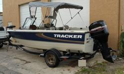 There is nothing better than a smooth running Mercury outboard that has low hours ... just like this boat has. The engine during inspection was found to have just over 200 hours and you can tell as soon as you hit the key when you hear this engine purr.