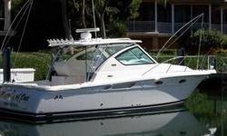 2008 Tiara 30 OPEN The distinctive look of the powerful 30' Tiara is unmistakable. The ideal model which splits between a luxury family cruiser and capable sport fisherman. Superior fit and finish along with exceptional ride and performance. To that,