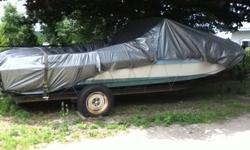CHRYSLER 18' OPEN BOAT, 200 HP VOLVO ENGINE & TRAILER FOR SALE. GREAT CONDITION, WELL LOOKED AFTER.