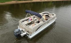 """2013 Premier Sunsation 240 SLSpecificationsOverall Length 24' 5"""" Deck Length 23'Width 8' 6"""" Weight (2 Tubes) 2150 lbs. Weight (3 tubes/30"""" PTX)* 2300 lbs.Weight (36"""" PTX)* 2650 lbs.Ma. Weight Cap. (2 tubes) 2500 lbs.Max. Weight Cap. (3 tubes/30"""" PTX) 2815"""