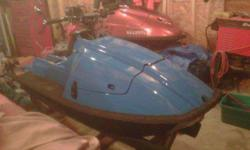 kawi 650 x2 with a mariner pipe, mariner head, mariner waterbox, upgraded 44 sbn carb with matching intake mani, riva bars, internal fill, ocean pro ride plate, r&d intake grate, lowered hood an relocated air vents, new seat, shorten hull -2 inches, it
