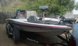 """Ranger 2000 , 518VX Commanche, 19' long with 91.5"""" beam. 2002, 200 HP Mercury EFI engine. Motor Guide trolling motor. Lowrance HDS7- Gen2 fishfinder/GPS with side scan. Has tandem trailer. Runs well. In very good condition. If interested, please contact"""