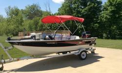 2000 Starcraft Starfire 150 15' aluminum hull boat. I call it a fish and ski as this is what we used it for the last few summers. It is set-up as a fishing boat with plenty of rod holders, a livewell with freshwater pump, foot controlled front mount