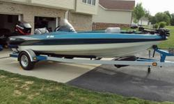 2000 TRITON TR186.XR6-150 HP.TRAILER HAS BRAKES / ALUMINUM WHEEL WELLS.23 PITCH SS PROP.CANVAS COVER.MOTOR GUIDE 71# THRUST TROLLING MOTOR.3 BANK ON BOARD CHARGER / BATTERIES ARE ALMOST NEW.ATTWOOD 750GPH PUMPS.ALUMINUM WHEELS WITH NEW TRAILER