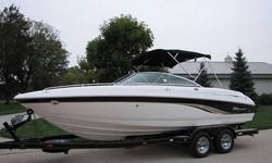 You are looking at a 2002 Chaparral 216 SSI a 22 foot bow rider boat. Wow this boat is nice. This boat is equipped with the upgraded Volvo 5.7 liter GXI V8 engine with 280hp and a Volvo SX inboard/outboard out drive. This boat has enough power to do