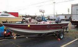 Up for sale is a 2002 G3 17' aluminum Deep-V with a 90hp YAMAHA two-stroke outboard with power tilt and trim and a stainless steel prop. It is a one owner boat.It has a 50lb. Minn Kota trolling motor and two deep cycle batteries. It is in very good