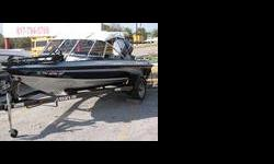 If you're going for trophies, go with a winner. Whether you're into tournament fishing, or just out to whip you brother-in-law, you'll love the strength and performance of the 2002 JAVELIN 170 FISH AND SKI BOAT. The boat comes with