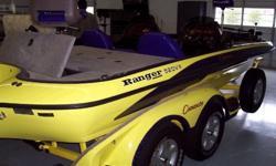 Beam 7 ft 9 inHull Material FiberglassEngine InboardHorsepower (total) 225Engine Model 520Engine Cruising Speed (mph) 62.0Fuel Capacity 58 galDry Weight 1725 lbHull Shape Modified VeeFuel Gas/PetrolEngine Make evinrudeEngine Year 2002Engine Top Speed