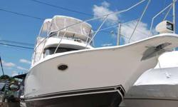 Motor Yacht design by Silverton featuring a large main salon with a well equipped galley, forward and aft staterooms with double berth, both heads including separate showers. Port engine replaced in 2015, STBD engine rebuilt in 2015 - have service