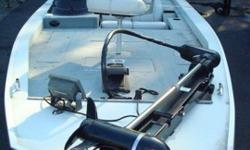 2002 StarCraft Starcaster 1900 with Mercury 135 Optimax. Boat is equipped with 2 Lowrance units (X91/LMS240), trolling motor, and SS PROP.The Starcraft Starcaster 1900 is a highly-advanced, all-welded bass boat featuring the exclusive Rise & Run modified