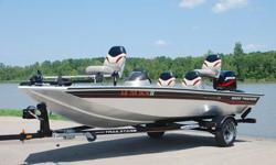 2004 Bass Tracker Pro Crappie 175 edition bass boat. This one owner boat is in Excellent condition, and shows to have been very well maintained . Boat has always been garage kept. UNDER 50 HRS ! ! !38 MPH ! ! ! EXCEPTIONAL CONDITION ! ! ! Hull:overall