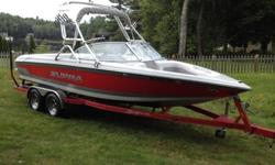 The Supra Launch SS is a great family inboard watersports boat. At almost 22 feet in length, the interior layout provides a lot of room to move around with seating for 9, a built in cooler, and lots of storage space for gear. Great wakes for wakeboarding