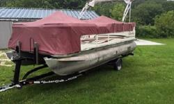 """doors (port/bow), rear exit w/fold-down 3-step boarding ladder, (4) stainless mooring cleats, 32-gallon fuel capacity, fire extinguisher, marine cranking battery, 8'6"""" beam, thru-bolted marine decking, marine carpet, powder-coated railings, nylon fence"""