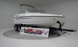 This sweet boat is in CRAZY nice condition! Perfect boat for the smaller family ready to play hard!! No issues with this one!! Comes with warranty.We have the largest selection of very clean used Boats in the Northwest! Check our web site before buying