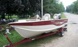 2005 SmokerCraft Fishing boat 16ft Single console, three seats, 1999 Johnson outboard two stroke this motor came new on the boat package, electric mini Kota trolling motor, live well, storage compartment, Lowrance fish finder, 6 gallon gas tank, two