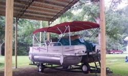the sundeck cushion is now standard on almost all brands of pontoon boats for sale today. Aloha prides itself in providing a luxury pontoon boat with great customer service. While this pontoon boat manufactuer is not one of the largest builders of pontoon