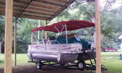 Aqua Chalet This manufacturer of pontoon boats and pontoon boat houseboats was located in Tazewell, TN and is no longer in business. The company's used pontoon boats can be found for sale throughout the South, they specialized in larger pontoon boats and