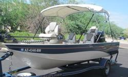 Lifetime + 3 year Protection Plan19 gallon aerated livewellBaked Armor-Guard paint processCarpet 16 oz. marine gradeCasting platform with storage compartmentsConcept DX fishing chairs with pedestalsNon-glare dashSL3 helm with windscreenTrolling motor