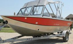 2006 HEWES CRAFT 180 SPORTSMAN.2006 HONDA 90 HP 4 STROKE.2006 EZ LOADER ALUMINUM TRAILER.LESS THEN 140 HRS TOTAL.COMPRESSION TESTED IN EXCELLENT CONDITION.200-200-200-200 PSI ON ALL CYLINDERS.BOAT WAS MARINE INSPECTED AND PASSED WITH FLYING