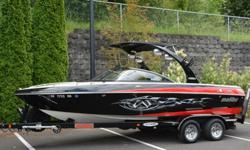 Pros have it as their personal wakeboard boat. Schools use it. Tournaments run it. The Malibu Wakesetter VLX is the definition of flagship wakeboard boat. Sure, the wakes are high-class, top-caliber, primo, whatever you want to call them. But this