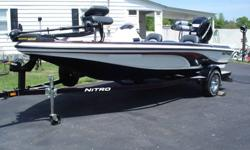 This is a 2006 17?9? Nitro Bass Boat 482 that a friend of mine bought new in 2006 out of the Bass Pro Shops Showroom. Since he has only burned 5 tanks of gas through this boat. It is truly in like new condition as you can see from the pictures. It is not