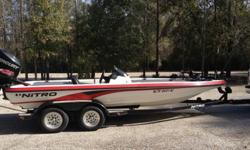 2006 Nitro 898 Single Console200 Mercury Optimax ...Cowl has updated 225 Pro XS decals.. Its a 200 OptimaxTandem Axle TrailerMinn Kota Maxxum 80Lowrance X-28 Manual JackPlateMotor has approx. 110 hours. Was recently serviced by Certified Mercury Dealer.