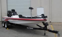 You are looking at 2006 NITRO NX 898 SC BOAT. This boat will guarantee a few double takes from its onlookers. Her low, and sleek design really sets her apart from other boats her size. It is a spacious boat that can seat up to 4 people!!! Enjoy the