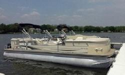 boat with a 90hp motor can do that as long as it isn?t loaded down with people. With a 115, you should be hitting the optimal speed even if your boat is pretty well loaded down with people. For most pontoon boat captains, the real goal is to hit the