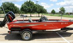 MERCURY MARINE 115 HP 2 STROKE OIL INJECTED ENGINEFULL MARINE INSPECTION COMPLETED COMPRESSION TEST COMPLETED AND ENGINE HAS EXCELLENT COMPRESSIONOUT-DRIVE TESTED AND WORKS PROPERLYNO OVER HEATINGVERY STRONG ENGINE WITH STAINLESS PROPTILT TRIM WORKS