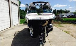 2007 Mastercraft X-star, 2007 Mastercraft X-Star PWT Limited Edition with distinctive black hull, 6.0L LY6 400hp, 520 hrs, Fly High ballast system (additional 2400 lbs), upgraded JL audio amps (1000W), Z5 Sport Rack, dual battery with trickle charger, and