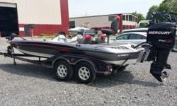 Pre-Owned 2007 Ranger Z21 Comanche Fiberglass Bass Boat.Boat Length: 21? 2?Outboard: 2007 Mercury 250 Pro XSBoat Width/Beam: 95? Total Boat Weight: 1900lbs.Max Persons: 5 or 800lbs.Engine Hours: 123Fuel Capacity: 48 gallons. (2) 24 gallon tanks.Trailer:
