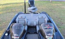 Manufacturer Triton Boats Model Year 2007 Model TR-196 DC MEASUREMENTS Length (feet) 19 Length (inches) 6 Length Overall 19 ft. 6 in. Beam 94 in. Weight 1,910 lbs. BODY Hull Material Fiberglass ENGINE & DRIVETRAIN Engine (Max) 200 hp Fuel Type Gas Fuel