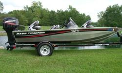 Bass Tracker Pro Team 170 TXIncludes:? 50 HP Mercury engine with only 10 hours!? X 37 TX Depth Fish Finder ? Bilge Pump? Arrator Pump ? Live Well? Swing Away Tongue ? All Five Seats? Full CoverThe boat has always been stored indoors.This 17 foot fishing