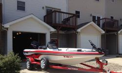 The boat has been garage kept and professionally maintenanced. One owner. Boat is in very good condition.Lots of extras. Lowrance 520c Color Sonar at the console with GPS. Navionics card which makes the makes on the GPS much more detailed and shows