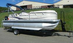 ,.,,,2008 SUN TRACKER 21 PARTY BARGE SIGNATURE WITH ONLY 186 HOURS AND MERCURY PRODUCT PROTECTION WARRANTY! A 60 hp Mercury 4-stroke EFI Bigfoot outboard with power trim powers this pontoon package. Features include: color coordinated bimini top, Jensen