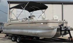 Plan your escape today with the 2008 TRITON CYPRESS CAY, STRIPER 220 T3, 22FT,TRITOON FISHING BARGE. With room on board for 11 people, you can take all of your friends for the weekend. If you are serious about fishing, the Striper series offers everything