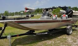 Whether you're on the prowl for panfish or competing in a bass tournament, this Tracker boat provides the features and spacious casting decks you need to get the job done right. The Mod V hull design features a one-piece hull with a modified V shape up